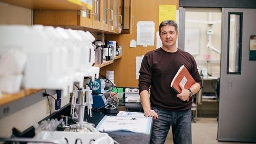 David Bucci in Lab